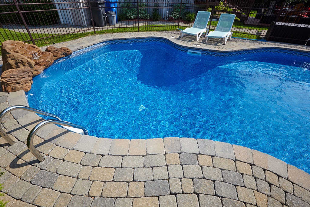 Primavera 2018: realizza la piscina dei tuoi sogni in giardino